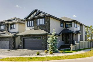 Photo 1: 1367 CUNNINGHAM Drive in Edmonton: Zone 55 House for sale : MLS®# E4172151