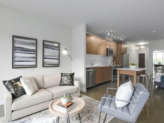 """Main Photo: 312 221 UNION Street in Vancouver: Strathcona Condo for sale in """"V6A"""" (Vancouver East)  : MLS®# R2402451"""