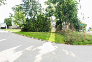 Photo 16: 11397 141A Street in Surrey: Bolivar Heights House for sale (North Surrey)  : MLS®# R2404094