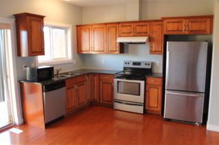 Photo 3: 11 13215 153 Avenue in Edmonton: Zone 27 Townhouse for sale : MLS®# E4173198