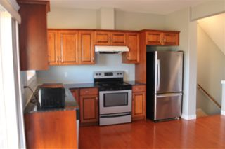 Photo 4: 11 13215 153 Avenue in Edmonton: Zone 27 Townhouse for sale : MLS®# E4173198