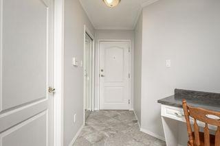 Photo 3: 111 8215 84 Avenue NW in Edmonton: Zone 18 Condo for sale : MLS®# E4174962