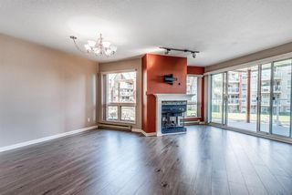 "Photo 2: 208 1230 QUAYSIDE Drive in New Westminster: Quay Condo for sale in ""Tiffany Shores"" : MLS®# R2432289"