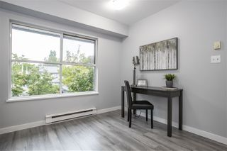 "Photo 5: 35 5668 208 Street in Langley: Langley City Townhouse for sale in ""The Meadows"" : MLS®# R2460809"