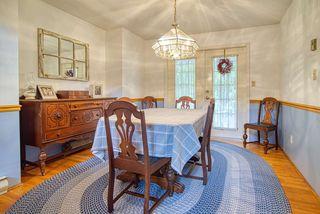 Photo 10: 1081 TIMBERLAND Road: Roberts Creek House for sale (Sunshine Coast)  : MLS®# R2468974