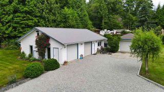 Photo 3: 1081 TIMBERLAND Road: Roberts Creek House for sale (Sunshine Coast)  : MLS®# R2468974