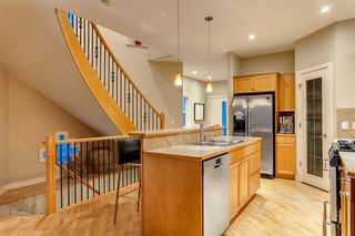 Photo 18: 810 21 Avenue NW in Calgary: Mount Pleasant Detached for sale : MLS®# A1016102