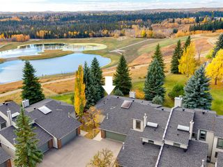 Photo 2: 23 185 Woodridge Drive SW in Calgary: Woodlands Row/Townhouse for sale : MLS®# A1039953