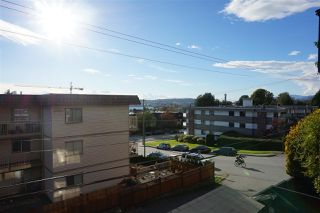 "Photo 15: 214 240 MAHON Avenue in North Vancouver: Lower Lonsdale Condo for sale in ""Seadale Place"" : MLS®# R2509040"