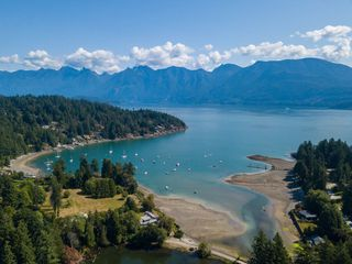 """Photo 3: LOT 10 FOXGLOVE LANE: Bowen Island Land for sale in """"Village by the Cove"""" : MLS®# R2505718"""