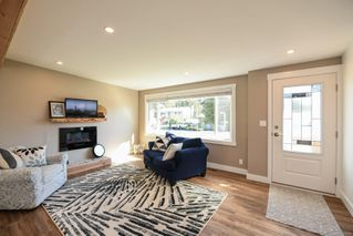 Photo 7: 381 Denman St in : CV Comox (Town of) House for sale (Comox Valley)  : MLS®# 858909