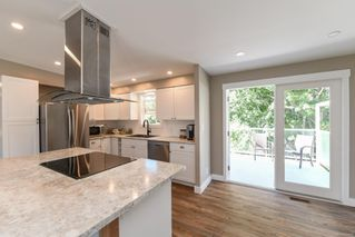 Photo 11: 381 Denman St in : CV Comox (Town of) House for sale (Comox Valley)  : MLS®# 858909