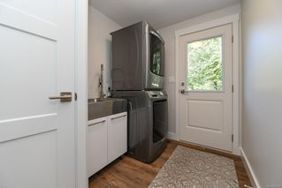 Photo 20: 381 Denman St in : CV Comox (Town of) House for sale (Comox Valley)  : MLS®# 858909