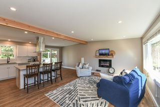 Photo 12: 381 Denman St in : CV Comox (Town of) House for sale (Comox Valley)  : MLS®# 858909