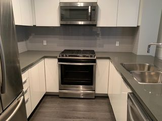 "Photo 7: 313 607 COTTONWOOD Avenue in Coquitlam: Coquitlam West Condo for sale in ""STANTON HOUSE"" : MLS®# R2520402"