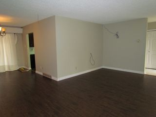 Photo 3: 6465 EVANS RD in CHILLIWACK: House for rent (Chilliwack)