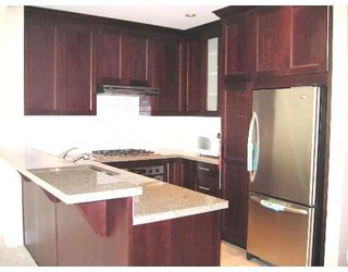 """Photo 3: 212 4685 VALLEY Drive in Vancouver: Quilchena Condo for sale in """"MARGUERITE HOUSE I"""" (Vancouver West)  : MLS®# V678744"""