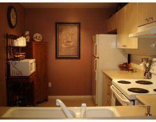 """Photo 4: 436 5888 DOVER Crescent in Richmond: Riverdale RI Condo for sale in """"Pelican Pointe"""" : MLS®# V682606"""