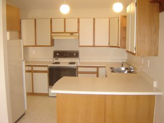 Photo 2: 2030 ROBB AVE in COMOX: Other for sale (#14)  : MLS®# 274917