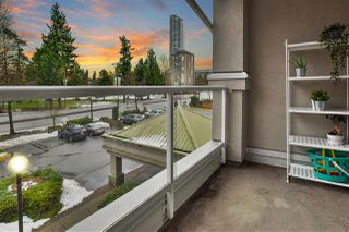 "Photo 19: 315 10533 UNIVERSITY Drive in Surrey: Whalley Condo for sale in ""THE PARKVIEW"" (North Surrey)  : MLS®# R2430183"