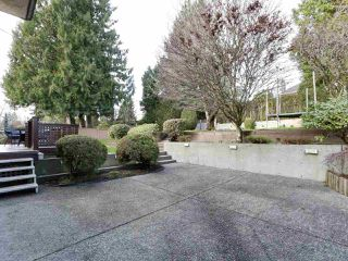 Photo 19: 7939 BURNLAKE Drive in Burnaby: Government Road House for sale (Burnaby North)  : MLS®# R2431786