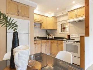 """Photo 14: 207 1549 KITCHENER Street in Vancouver: Grandview Woodland Condo for sale in """"Dharma Digs"""" (Vancouver East)  : MLS®# R2435050"""