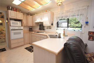 Photo 11: 31 2357 Sooke River Rd in : Sk Sooke River Manufactured Home for sale (Sooke)  : MLS®# 850462