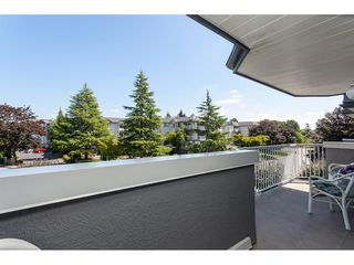 "Photo 13: 201 5375 205 Street in Langley: Langley City Condo for sale in ""Glenmont Park"" : MLS®# R2482379"