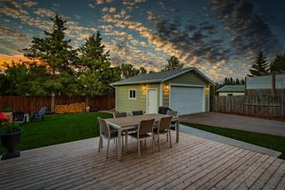 Photo 35: 712 CEDARILLE Way SW in Calgary: Cedarbrae Detached for sale : MLS®# A1021294