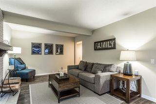 Photo 7: 712 CEDARILLE Way SW in Calgary: Cedarbrae Detached for sale : MLS®# A1021294