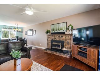 """Photo 7: 18372 58B Avenue in Surrey: Cloverdale BC House for sale in """"Cloverdale"""" (Cloverdale)  : MLS®# R2493461"""