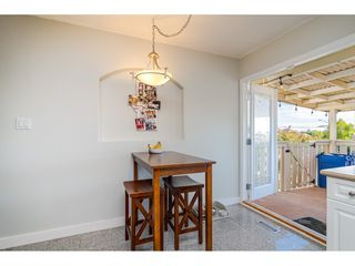 """Photo 13: 18372 58B Avenue in Surrey: Cloverdale BC House for sale in """"Cloverdale"""" (Cloverdale)  : MLS®# R2493461"""