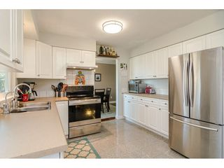 """Photo 11: 18372 58B Avenue in Surrey: Cloverdale BC House for sale in """"Cloverdale"""" (Cloverdale)  : MLS®# R2493461"""
