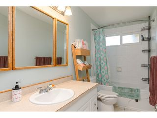 """Photo 19: 18372 58B Avenue in Surrey: Cloverdale BC House for sale in """"Cloverdale"""" (Cloverdale)  : MLS®# R2493461"""