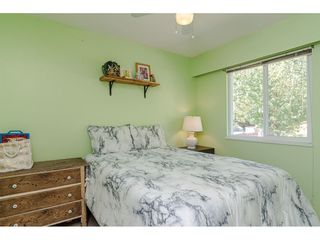 """Photo 17: 18372 58B Avenue in Surrey: Cloverdale BC House for sale in """"Cloverdale"""" (Cloverdale)  : MLS®# R2493461"""