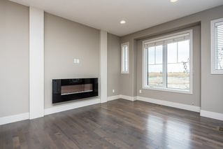 Photo 10: 7456 MAY Common in Edmonton: Zone 14 Attached Home for sale : MLS®# E4217700