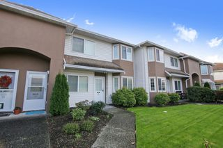 "Photo 1: 13 46350 CESSNA Drive in Chilliwack: Chilliwack E Young-Yale Townhouse for sale in ""Hamley Estates"" : MLS®# R2512566"
