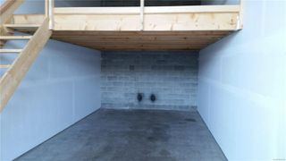Photo 4: 10 2755 Moray Ave in : CV Courtenay City Industrial for sale (Comox Valley)  : MLS®# 860428