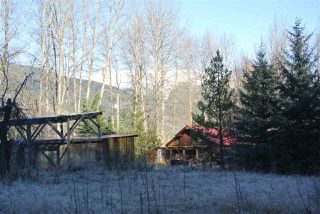 Photo 3: 22709 16 Highway: Kitwanga House for sale (Smithers And Area (Zone 54))  : MLS®# R2518634