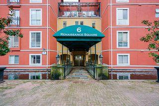 "Photo 3: 102 6 RENAISSANCE Square in New Westminster: Quay Condo for sale in ""The Rialto in Quay"" : MLS®# R2519407"