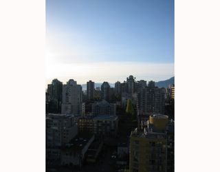 Photo 3: # 2304 1225 RICHARDS ST in Vancouver: Downtown VW Condo for sale (Vancouver West)  : MLS®# V797515