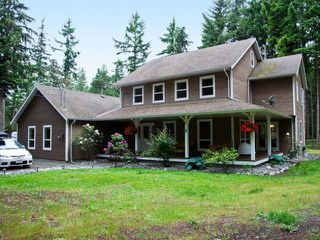 Photo 1: 865 SANDPINES CRES in COMOX: House for sale : MLS®# 306209