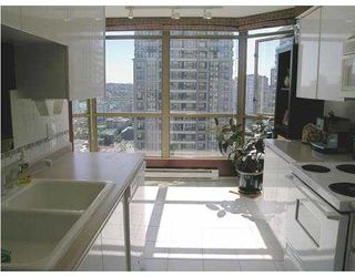 "Photo 6: 2602 867 HAMILTON Street in Vancouver: Downtown VW Condo for sale in ""JARDINE'S LOOKOUT"" (Vancouver West)  : MLS®# V674303"