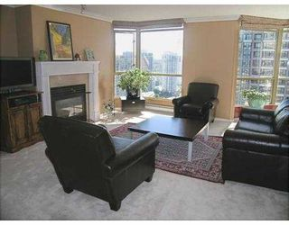 "Photo 2: 2602 867 HAMILTON Street in Vancouver: Downtown VW Condo for sale in ""JARDINE'S LOOKOUT"" (Vancouver West)  : MLS®# V674303"