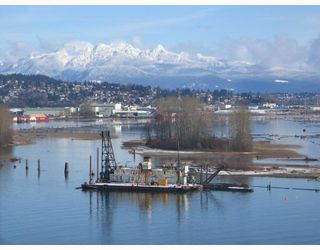 """Photo 3: 702 69 JAMIESON Court in New_Westminster: Fraserview NW Condo for sale in """"Palace Quay"""" (New Westminster)  : MLS®# V687132"""
