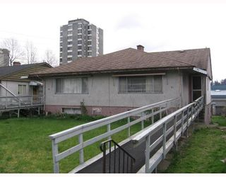 Photo 8: 76-78 GLOVER Avenue in New_Westminster: GlenBrooke North House Duplex for sale (New Westminster)  : MLS®# V702687