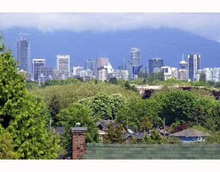 Photo 2: 3477 BLENHEIM Street in Vancouver: Dunbar House for sale (Vancouver West)  : MLS®# V710168
