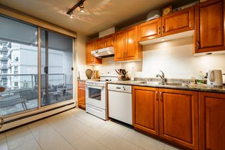 Photo 5: 417 518 MOBERLY ROAD in Vancouver: False Creek Condo for sale (Vancouver West)  : MLS®# R2414967