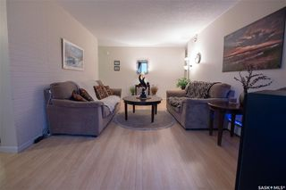 Photo 5: 122 5 Columbia Drive in Saskatoon: River Heights SA Residential for sale : MLS®# SK793579