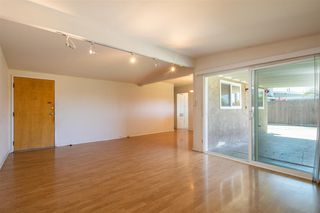 Photo 8: CLAIREMONT House for sale : 3 bedrooms : 4592 Southampton St. in San Diego